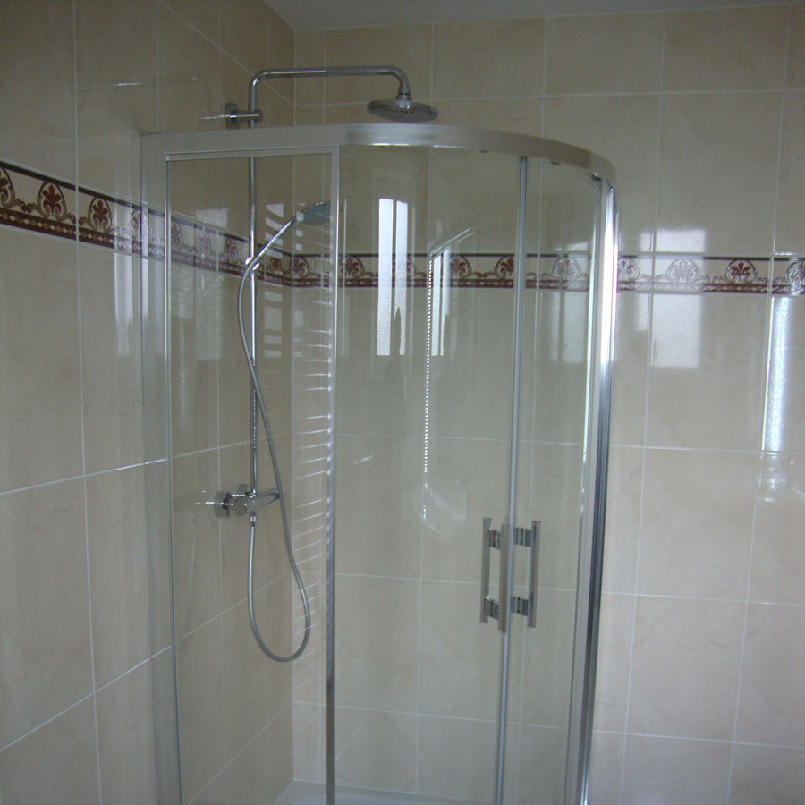aubade bressuire carrelage salle de bain aubade avec carrelage faience amandine metropol espace. Black Bedroom Furniture Sets. Home Design Ideas
